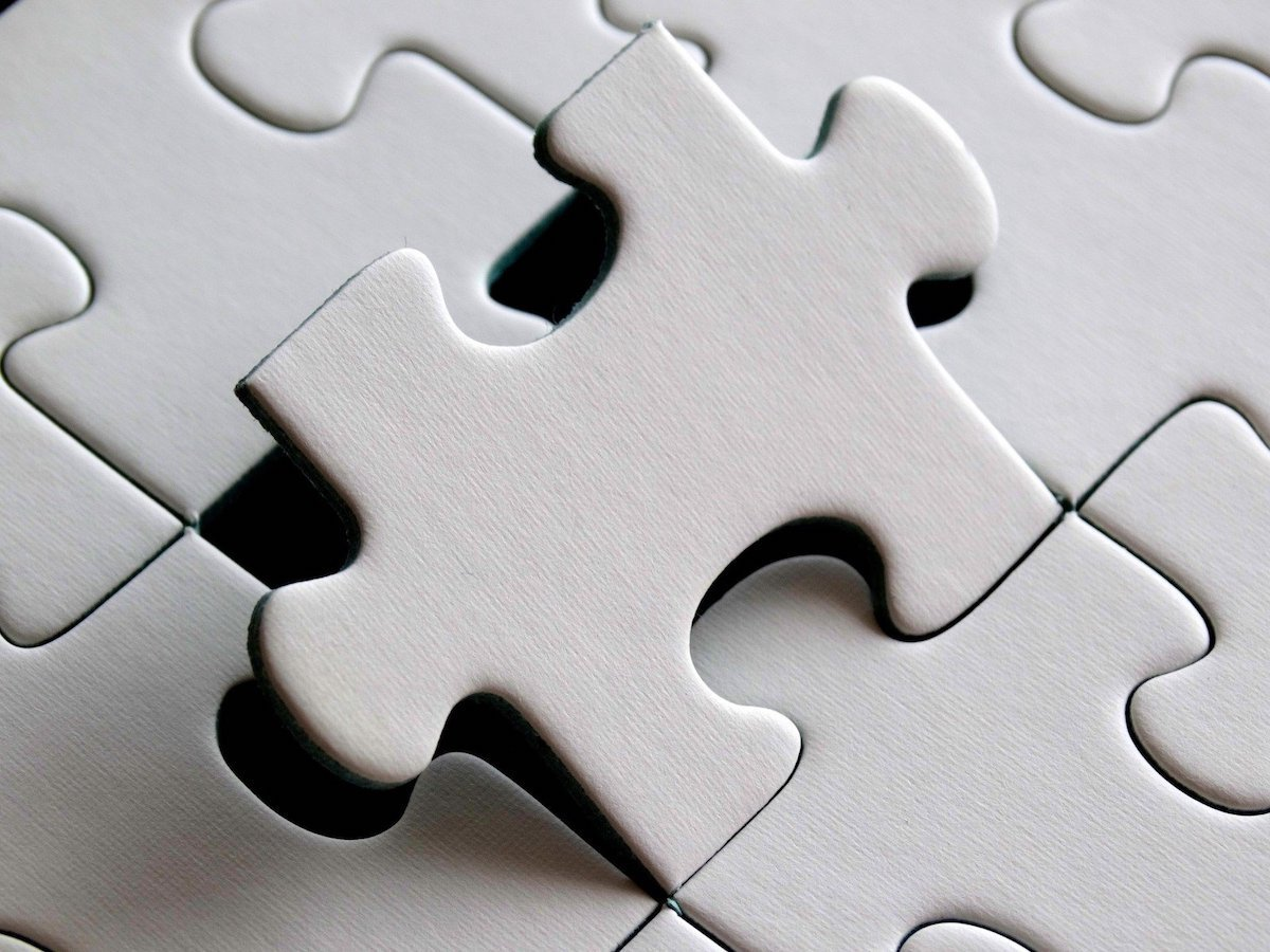 correct missing puzzle piece.